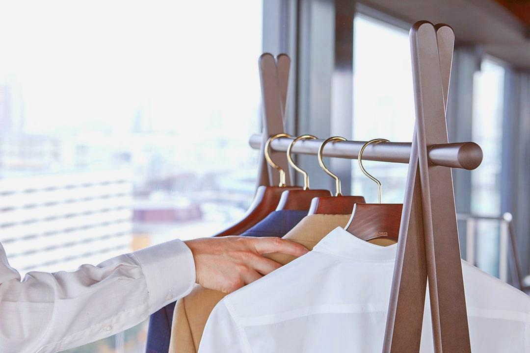 ハンガーも自分の洋服サイズに合ったものを使用することが大切