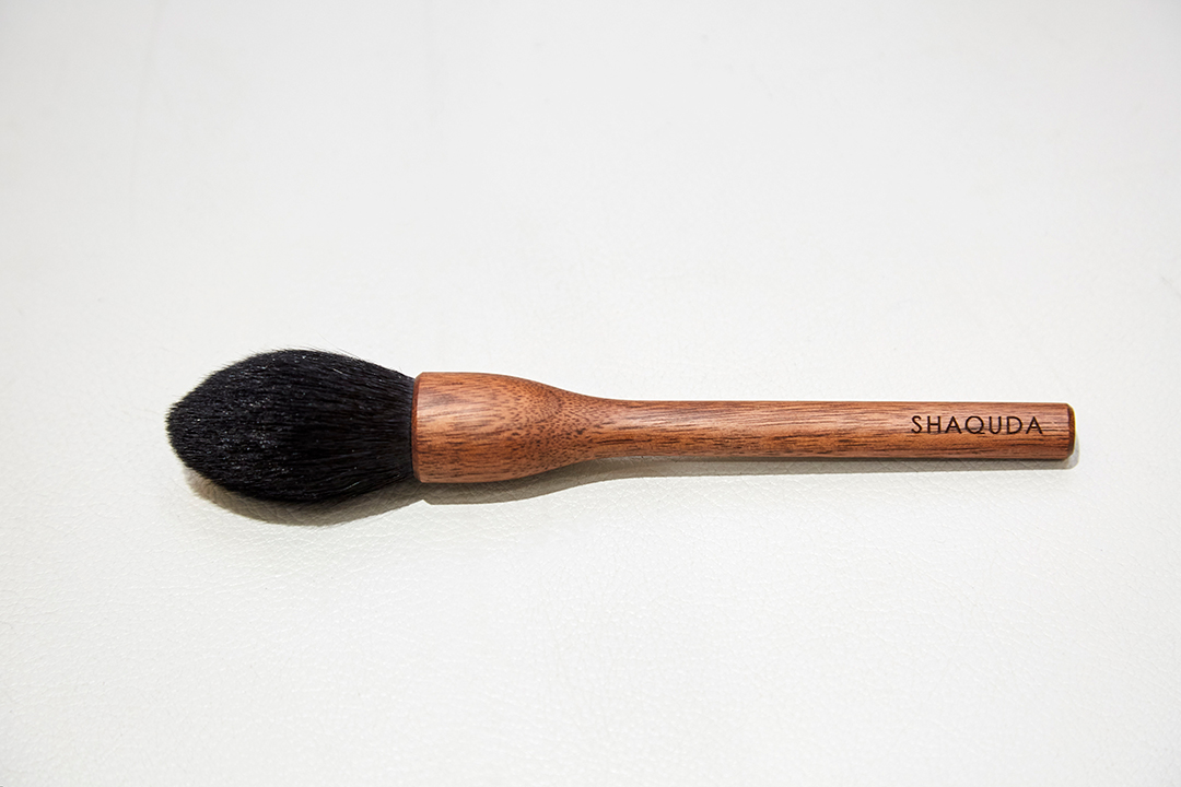 SHAQUA : Classical face Brush