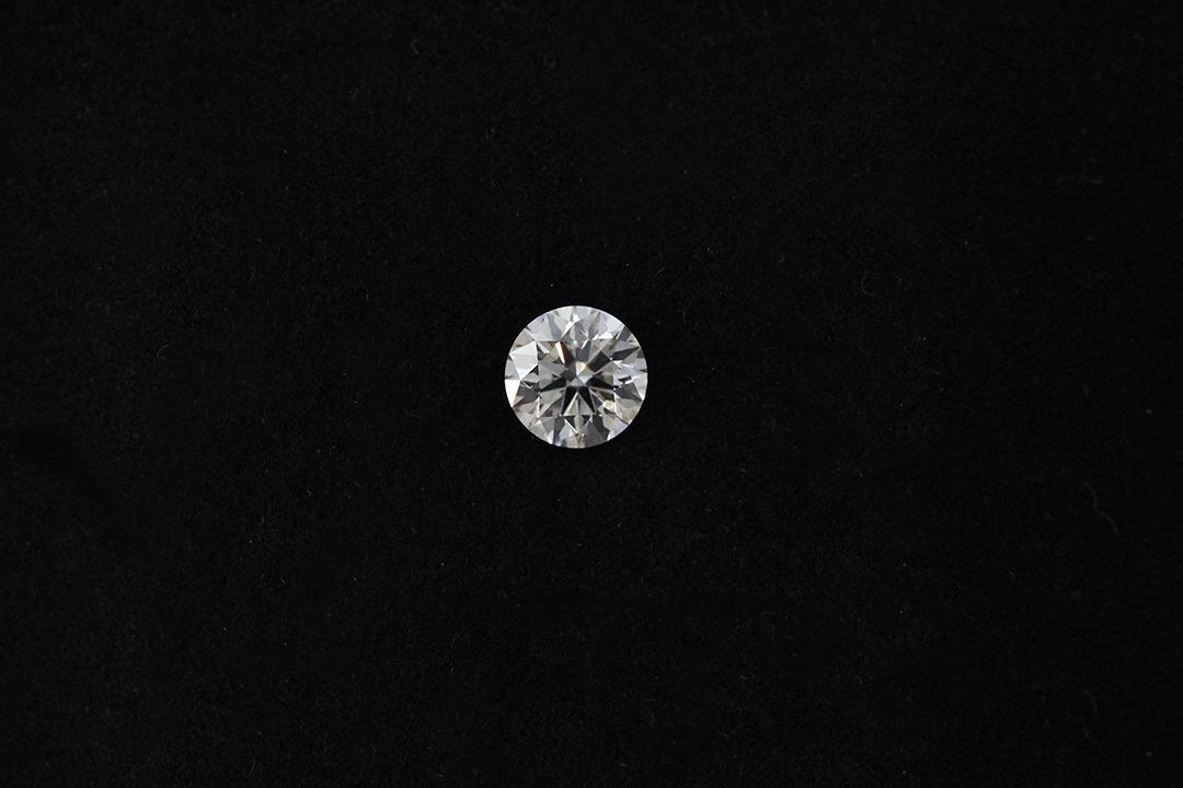 一粒のクオリティの高さに触れられる「ダイヤモンドルース」